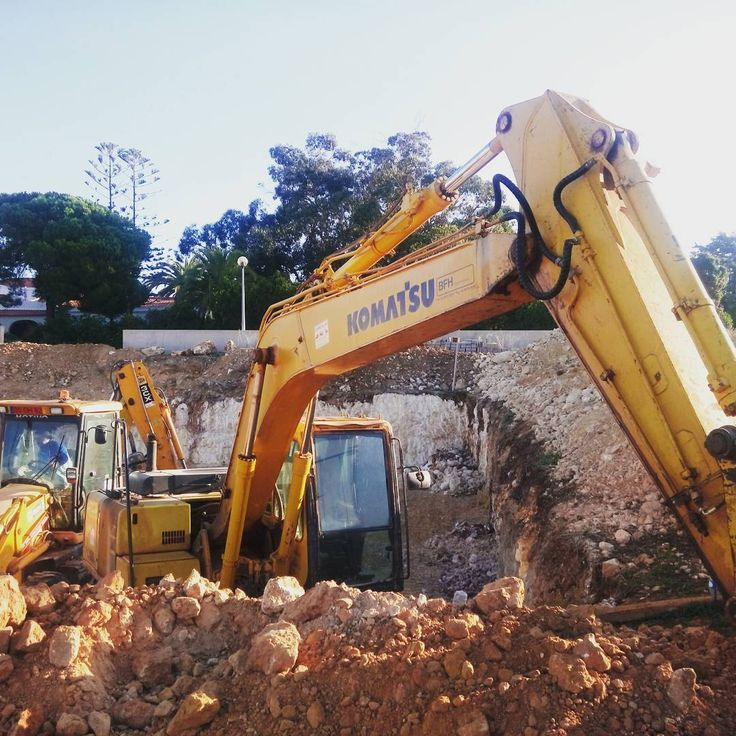 #houses #carvoeiro #pools #villas #projects #arquitecture #silves #Pac4portugal #construction #builder #fernandocabrita #renovations #equipment #garden #homes #machines #wood #steel #concrete #rent #plots #landscaping #stone #rooms #land #kitchen #modern #work