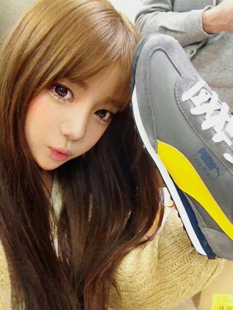 Yoon Ara (1992.4.17)