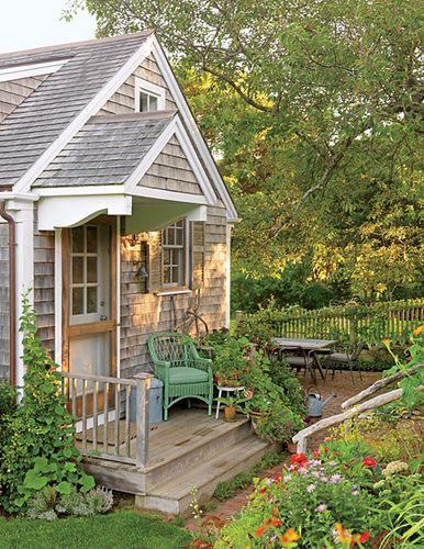 Nantucket Style Cottage Decor | Interiors: Lake Cottage Style