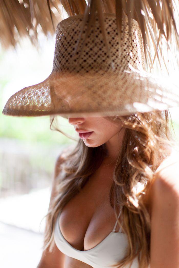 Plum Pretty Sugar Tropical Lookbook Part II | Sponsors | Oncewed.com