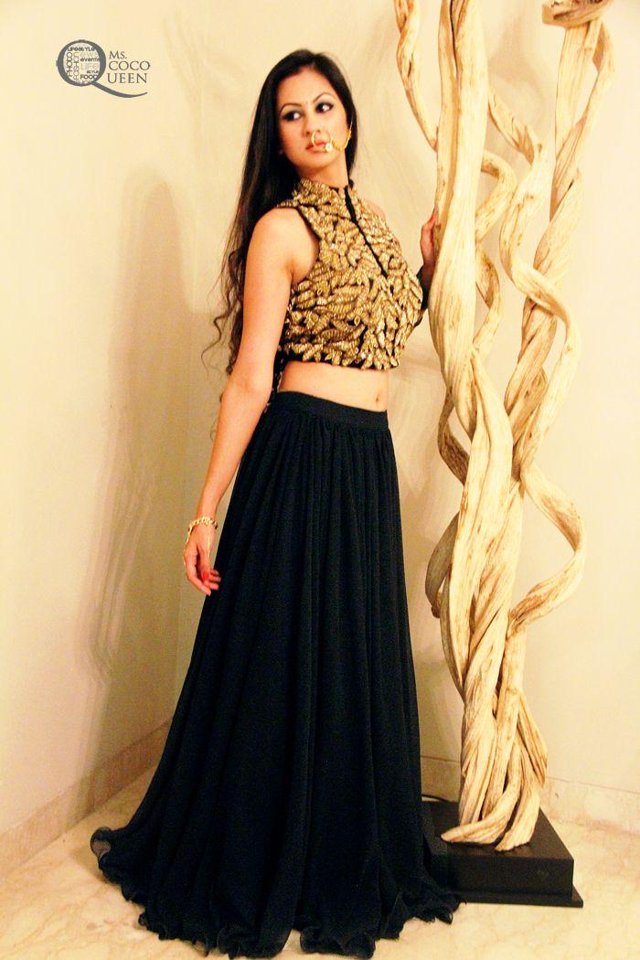 #indianlook #indianwear #croptop #maxiskirt #lookoftheday #ootd #nosepin #indianjewellery