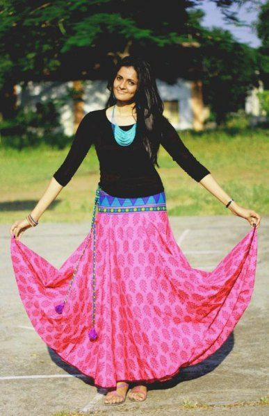 If you do not want to go for salwar kurtas and yet dress up in a traditionally, go for a nice hand block printed skirt with a jhumki and mojri to finish the look in an ethnic way instead of giving it a boho look.