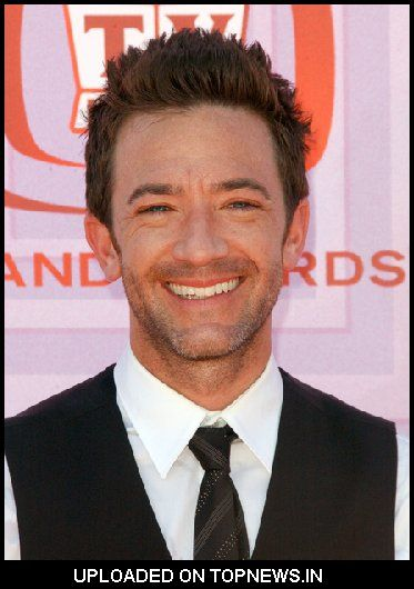 Nai'xyy David Faustino - Married With Children