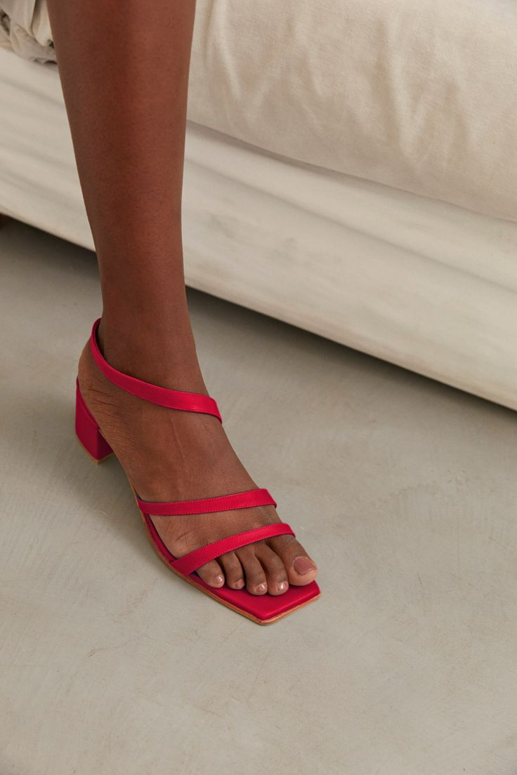 Zou Xou x Pinterest Delfina Sandal in Coral — ZOU XOU Pretty Pedicures, Red Accessories, Summer Denim, Sheep Leather, Red Shoes, Leather Heels, Block Heels, Ankle Strap, Beautiful People