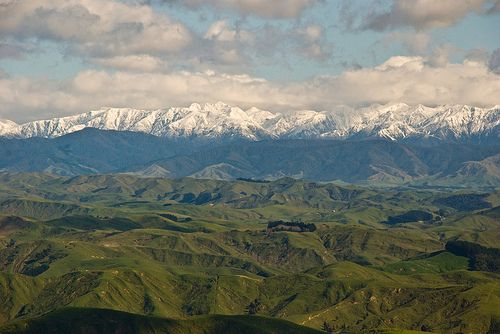 Tararuas from Pori Rd., Wairarapa, New Zealand, August 2008