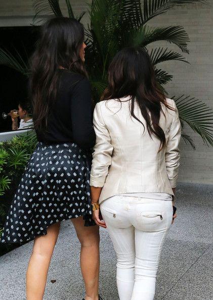 Kim Kardashian Photos - Kim and Khloe Kardashian leave the Kardashian Kollection photo shoot in Miami. - Khloe Kardashian gets prepped for a Kardashian Kollection photo shoot in Miami