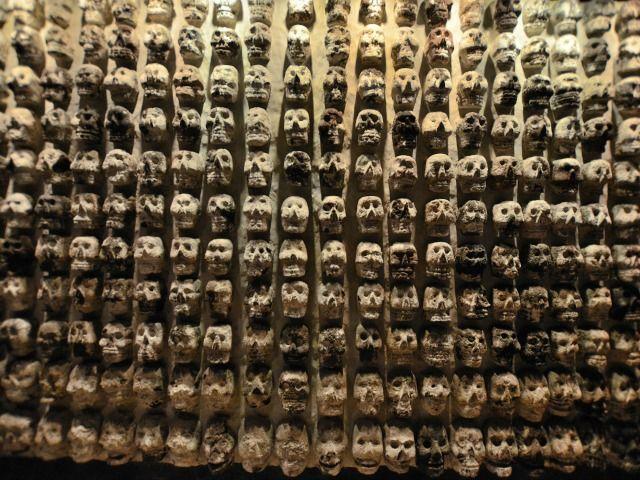 Tzompantli, Museo del Templo Mayor, Ciudad de México. Foto: Amate0s (CC-BY-SA 4.0)