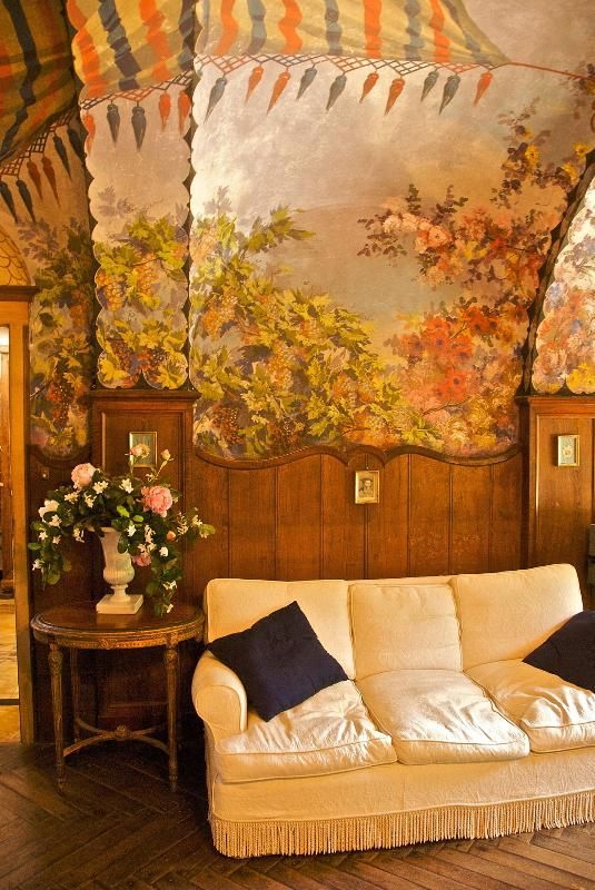 Sitting room with Fresco - Villa Corsano Pet Friendly Tuscan Vacation Rental -  - rentals