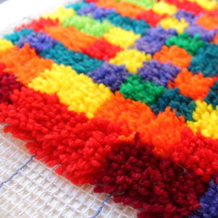 25 Unique Latch Hook Rugs Ideas On Pinterest Diy Rugs