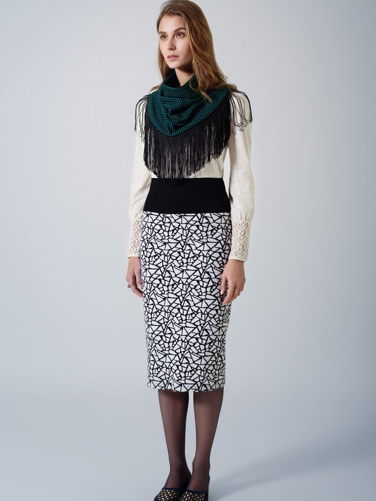 Organic cotton ecru tunic top / Comfy tube print skirt / Green black spot fringed unisex scarf