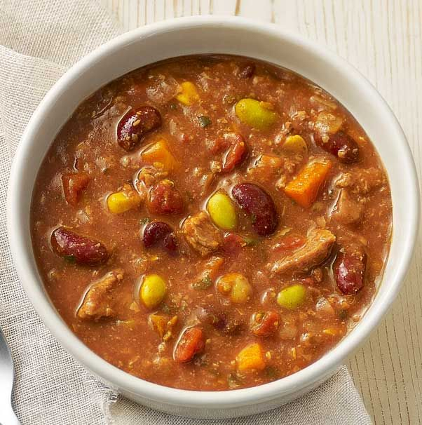 A hearty blend of ground and pulled, dark, antibiotic-free roasted turkey, garbanzo and kidney beans, slow cooked with tomatillos, corn, pasilla negro and ancho chili powders, cumin, edamame, diced onions, carrots, garlic and green chilies.- Visit PaneraBread.com for more inspiration.