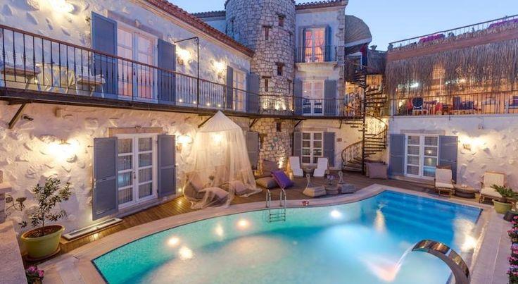 Alaçatı'da En Beğenilen 14 Butik Otel Daha fazlası için; http://GidelimBuralardan.net