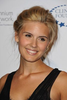 Twilight Universe: Breaking Dawn Casting News: Maggie Grace Cast As I...