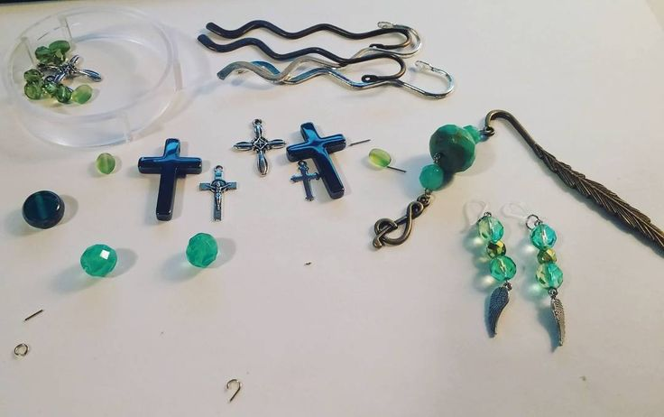 """20 Likes, 2 Comments - Beyond the Wire Jewelry (@beyondthewirejewelry) on Instagram: """"Making a few custom orders tonight! Tonight's theme is turquoise! If you have a custom piece that…"""""""