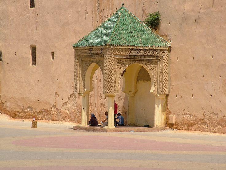 https://flic.kr/p/a7i8sU   Meknes