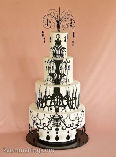 amazing chandelier cake... This is amazing!!!!!!!!
