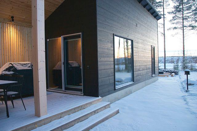 talo markki -black exterior