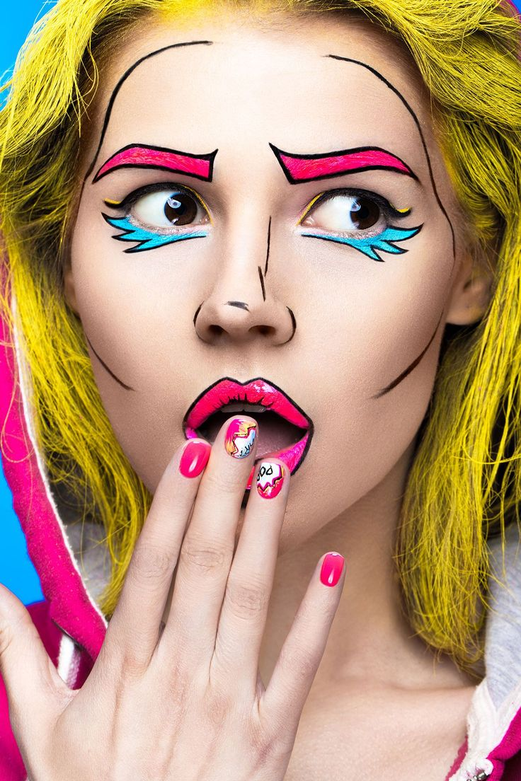 Photo of surprised young woman with professional comic pop art make-up and design manicure. Creative beauty style and nails. Photos shot in studio Pop Art Costume, Comic Costume, Halloween Makeup Looks, Halloween Kostüm, Cosplay Makeup, Costume Makeup, Comic Book Makeup, Pop Art Makeup, Face Makeup Art