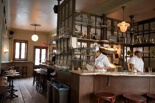 17 best images about restaurants and commercial spaces on for Maison primareve