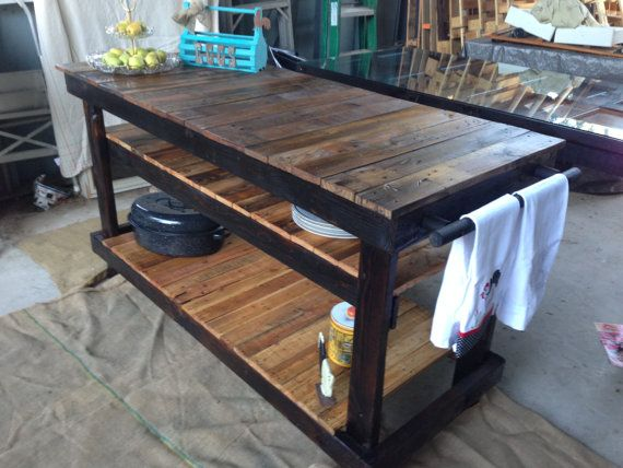 Gorgeous kitchen island made out of reclaimed pallet wood for Movable pallets