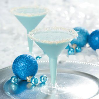 Snowflake Cocktail - no alcohol for the kids but I'll be adding vodka to mine :)