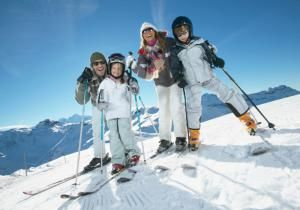Family Ski Vacation Packages - B2M Productions/Getty Images