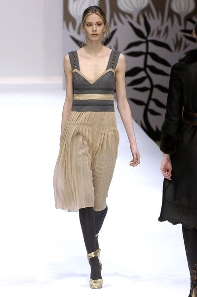 Cacharel Fall 2006 Suzanne Clements Inacio Ribeiro (from 2001 to 2007)
