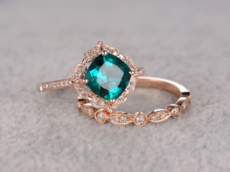 2pcs Emerald Engagement ring Set Rose gold,Diamond wedding band,7mm Cushion Cut,Bridal Ring,Retro Vintage Floral,Lab-Treated Green Emerald by popRing on Etsy https://www.etsy.com/listing/285365731/2pcs-emerald-engagement-ring-set-rose