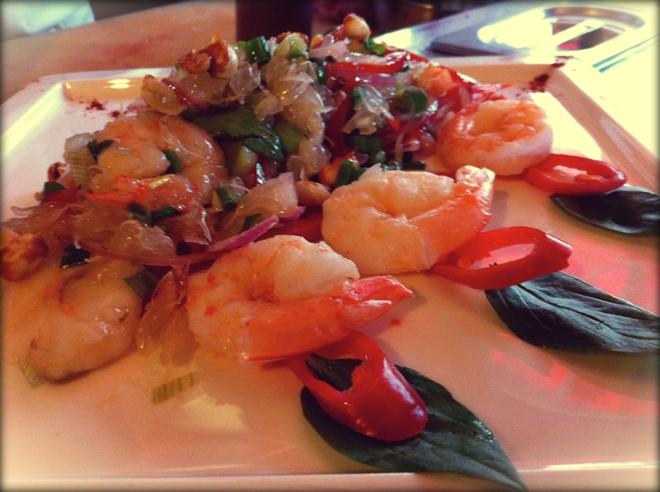 Marinated Prawns, fresh Tomato & Pomelo salad drizzled with a spicy lime dressing