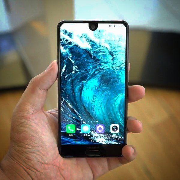 Sharp Aquos S2 is official! . . . Credits: SamiLuo #sharp #aquos #borderless #display #smartphone #glass #technology #nerd #geek #future #bezelless #android