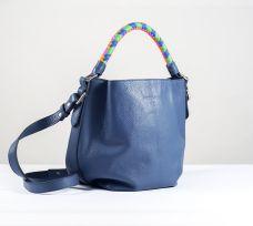 Trenza Gaucha.Bucket Azul