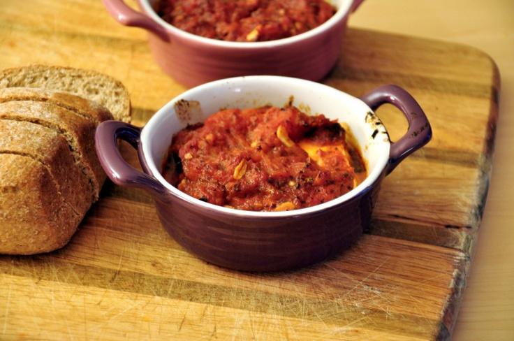 Feta pieczona z pomidorami i oregano