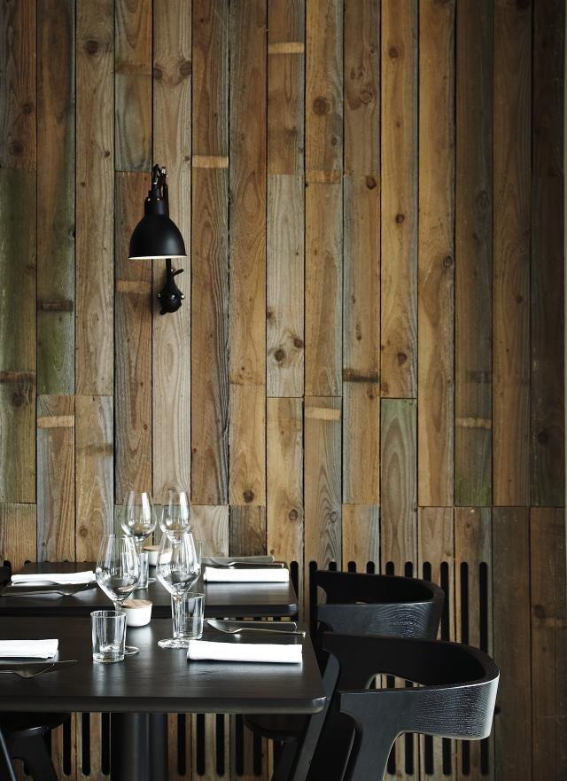 Houten wandbekleding | Wooden wallcovering | Wallcladding | Hout op de muur | Inspiratie BVO Vloeren, houten vloeren en parket