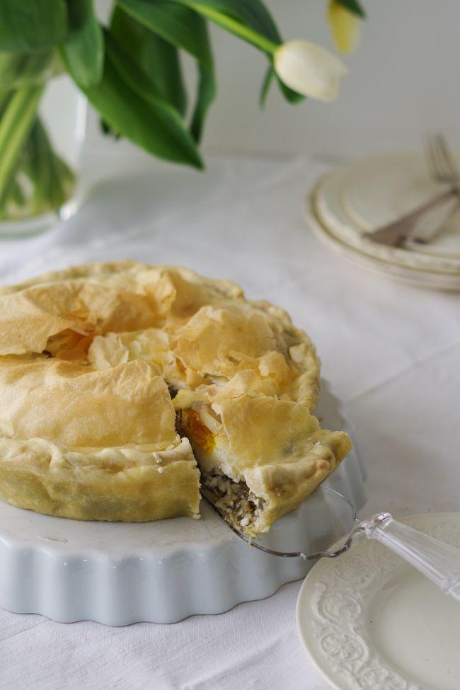 Volete imparare a fare la torta di carciofi genovese: ecco la ricetta, un po di storia e un racconto fotografico su come prepararla.