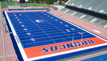 Smurf Turf! Boise State Broncos stad - Google Search