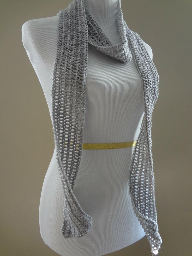 Silver Dollar Skinny Scarf! (Free crochet pattern) Adds a bit of sparkle without going over the top.