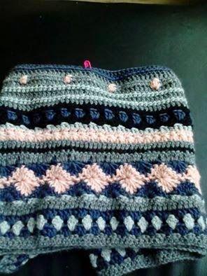 Kralen en Hebbedingetjes: CAL - deken en tas...