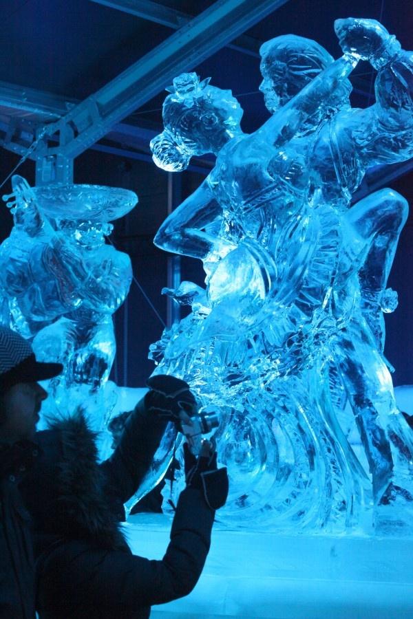 Snow and Ice Sculpture Festival  ~ Ʀεƥɪאאεð вƴ ╭•⊰✿ © Ʀσxʌאʌ Ƭʌאʌ ✿⊱•╮