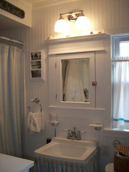 47 best images about bathrooms on pinterest cottage chic for Cottage bathroom ideas renovate