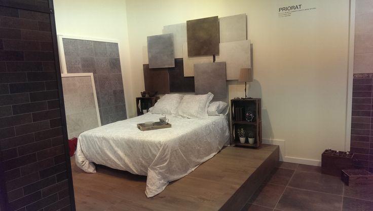 Segundo día en #CEVISAMA15 con la colección Priorat de #Keraben, presentada en 70m2 formados por una zona de estar, comedor, cocina y dormitorio ¡Pásate a verlo por ti mismo!