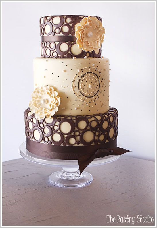 yellow & brown wedding cake