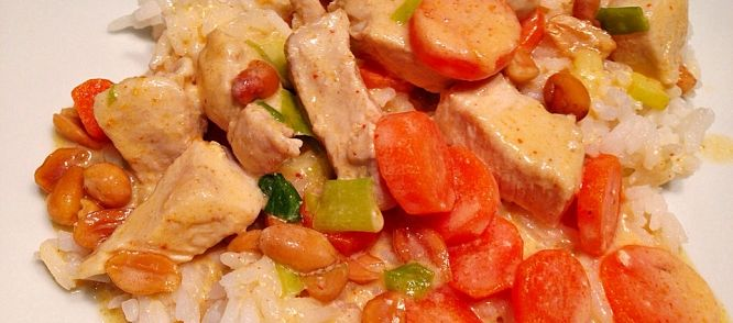 Hete, Makkelijke Rode Thaise Kip Curry, Smullen! recept | Smulweb.nl