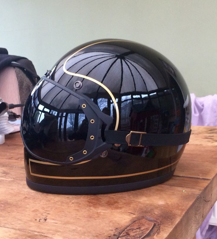 Biltwell gringo with modified visor
