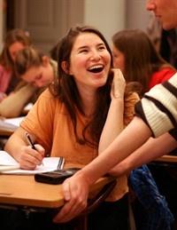 Matteboken.se är ett gratis onlineverktyg skapat av Mattecentrum där du kan plugga matte! Här finner du alla gymnasiematematik från kurserna 1-5.