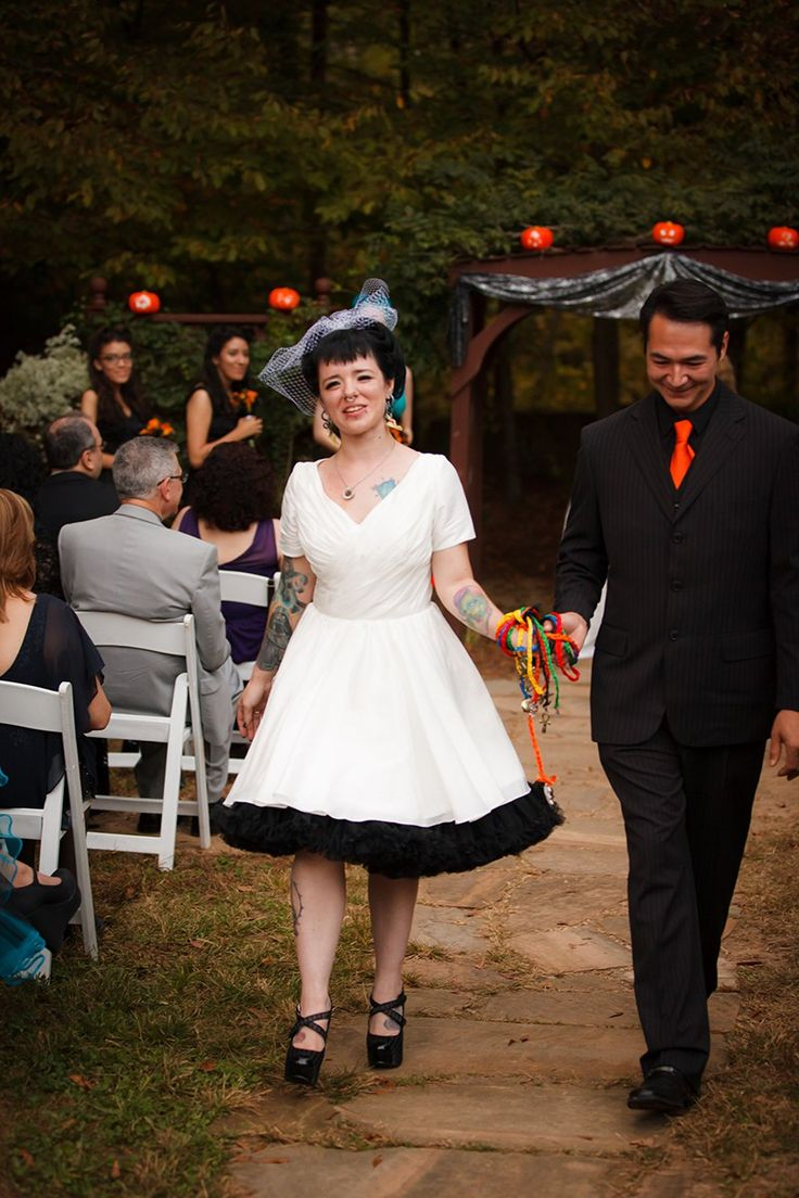 183 best Halloween wedding ideas and party inspiration images on ...
