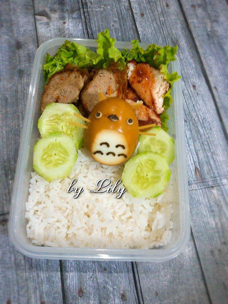 Totoro egg