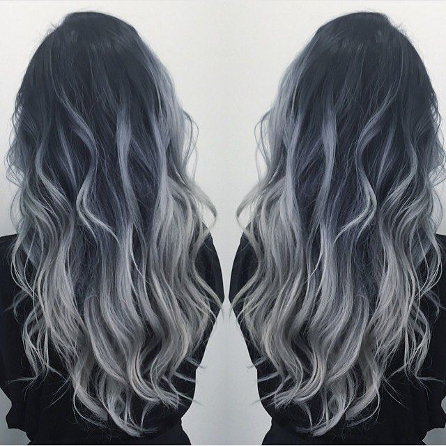 We love this smokey styling by Hair Addict @dianashin!!! #smokey #hairaddiction…