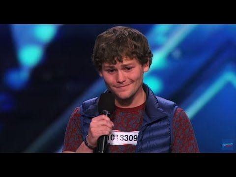 Jąkający się komik w amerykańskim Mam Talent NAPISY PL: Drew Lynch w America's… #Komik #AmericasGotTalentRecurringCompetition #DrewLynch