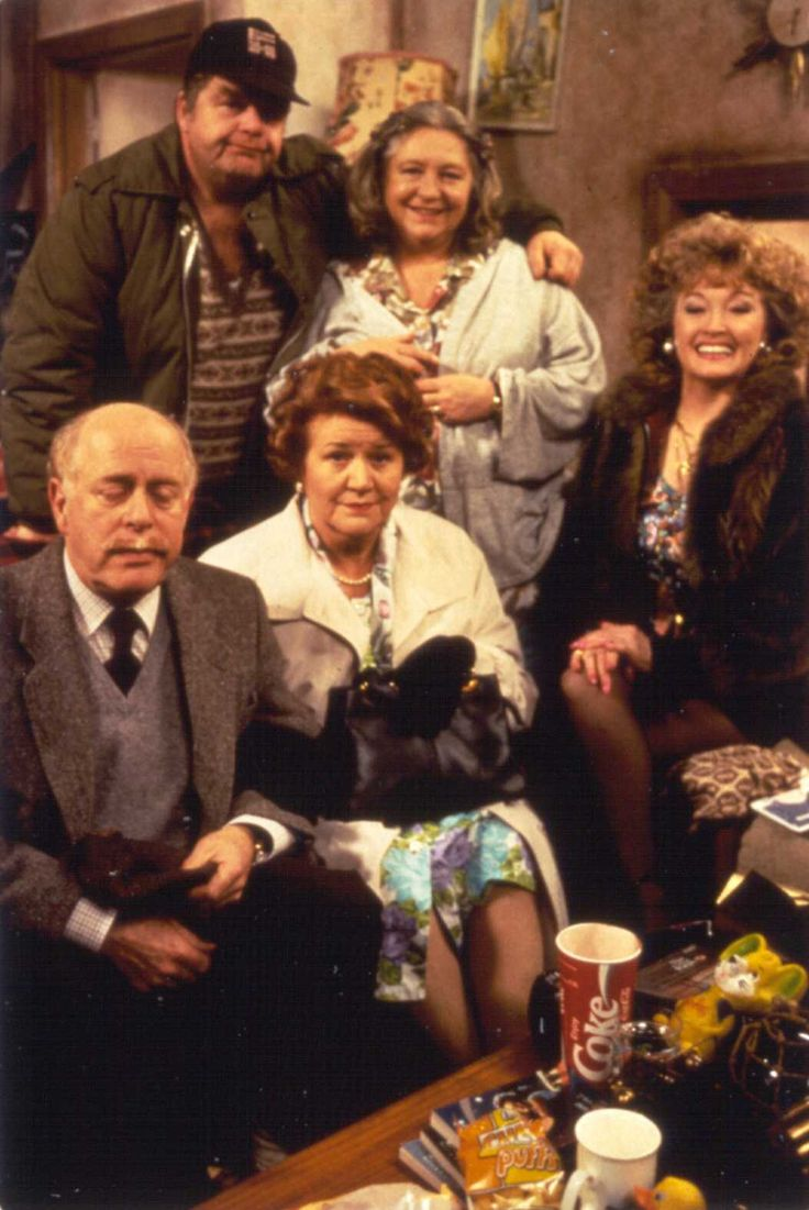 Front row: Clive Swift (as Richard Bucket), Patricia Routledge (as Hyacinth Bucket) Back Row: Geoffrey Hughes (as Onslow), Judy Cornwell (as Daisy) and Mary Millar (as Rose)