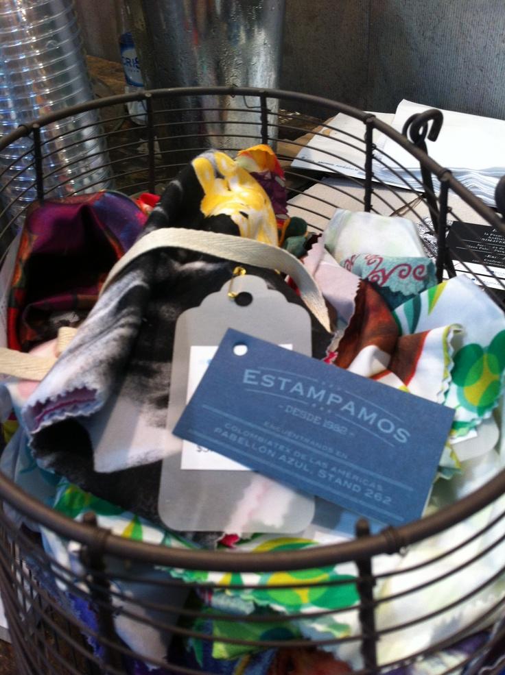 Telas personalizadas #fabric #custom #colombiatex @inexmoda @2typemag @estampamos #medellin #trends #fashion